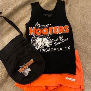 100% authentic Hooters' uniform/ Halloween costume